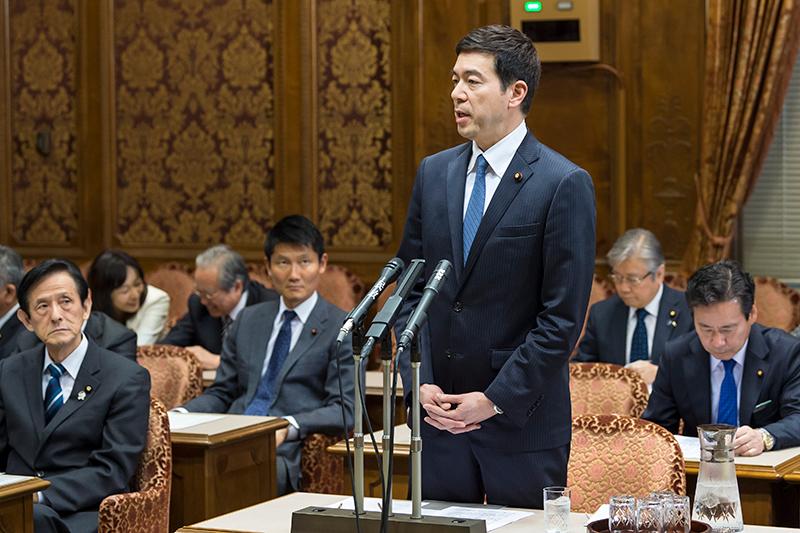 東日本大震災復興特別委員会に出席
